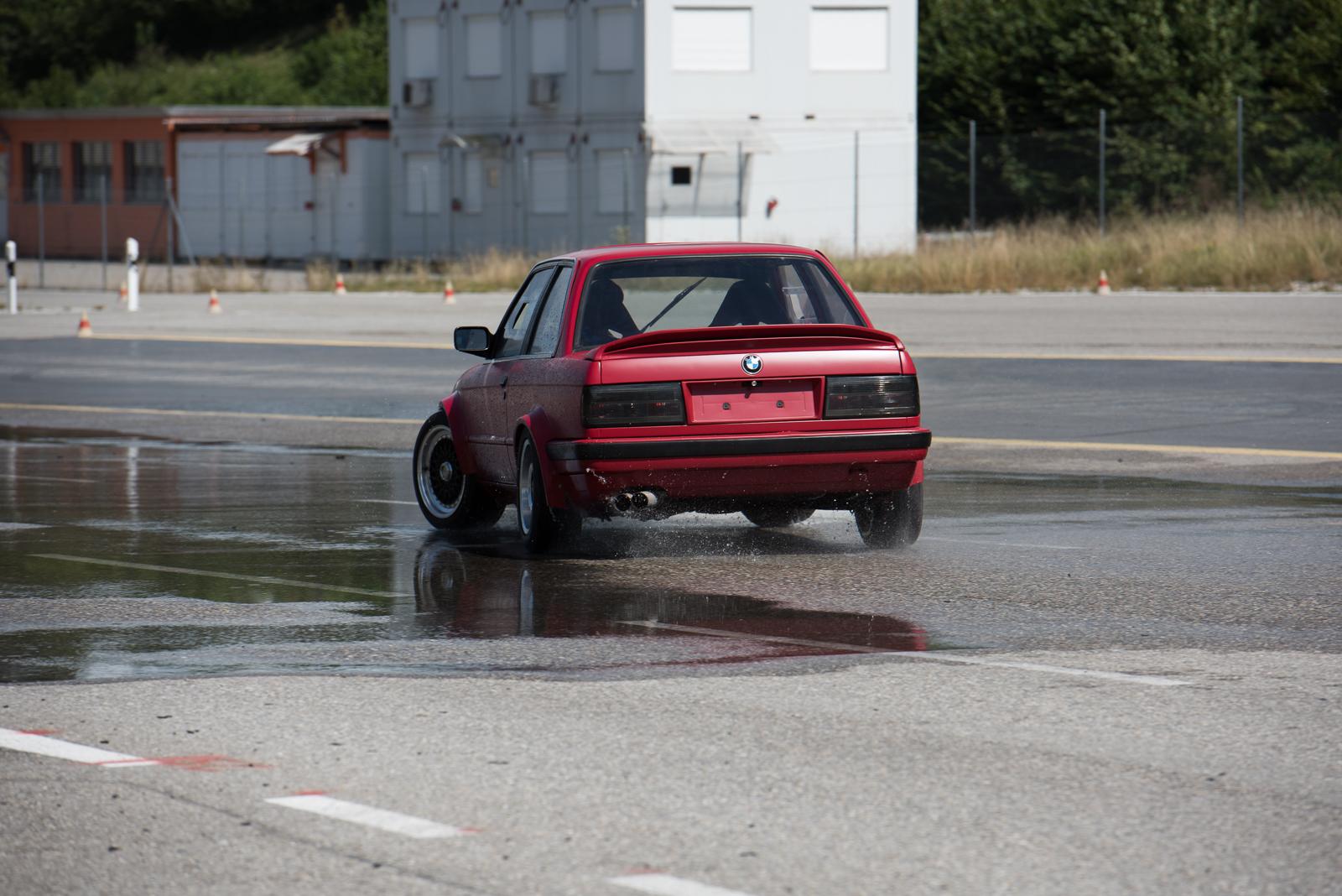 BMW-147